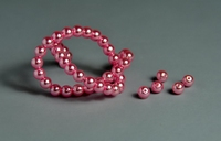 5010101  50 X Glasparel rose 4mm.
